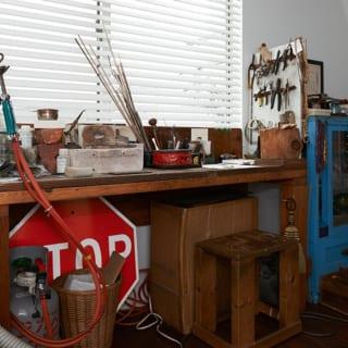 工具や素材がまとめられているスペース