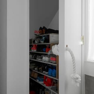玄関収納は大容量。靴はもちろん、様々なものを一挙に収納できる