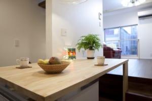 3階居室を確保するスキップフロアのある狭小住宅