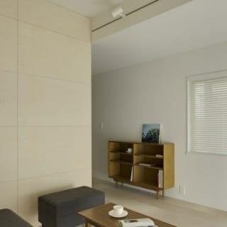 山崎 裕史  織り上げ部分の天井高は2600。 その他の部分は、2250。