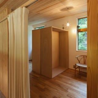 2階のプライベートスペース。将来、家族構成が変わっても対応できるフレキシブルな空間だ。
