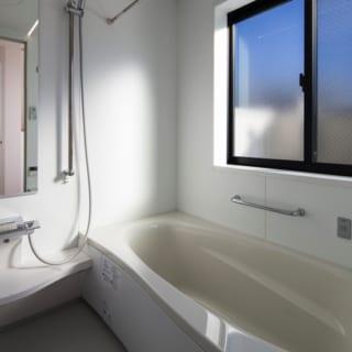 3階に設置された浴室。最上階にあることで湿気がまったくこもらないといった効果がある