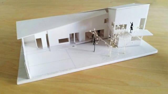 「綴りの家」の最初の提案。当初は補助金を利用せずに建てようとしていた。