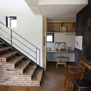 キッチンに隣接する書斎ルーム。大人だけでなく、将来は子どもの勉強部屋としても使用する予定。