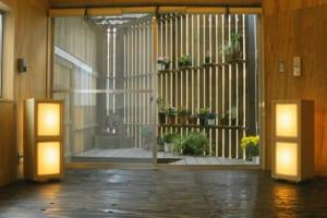 一つのものに二つの機能!山積み課題の蕎麦屋を住みよい住宅へ