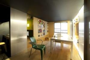 10坪のマンション、可動家具で大変身。秘密は「四次元設計術」