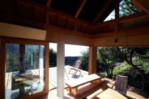 標高1230mの山小屋ならではの、妻や仲間との週末生活とは?