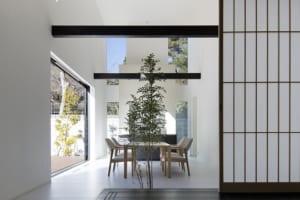 室内にいながら屋外のような開放感!料理好きの奥様のために建てた鎌倉の注文住宅