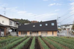 武蔵増戸の庭家