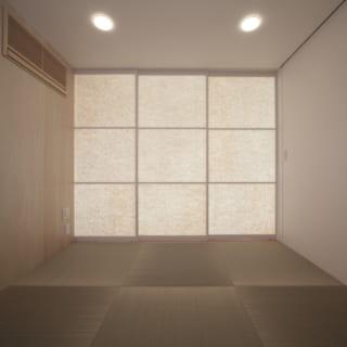 和室を閉じる建具は和紙のように光を少し透過。普段は開け放っているが、急な来客時などに締め切ることができる