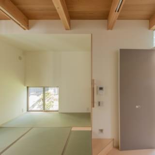 和室:間口を調整しながら居室スペースを確保している