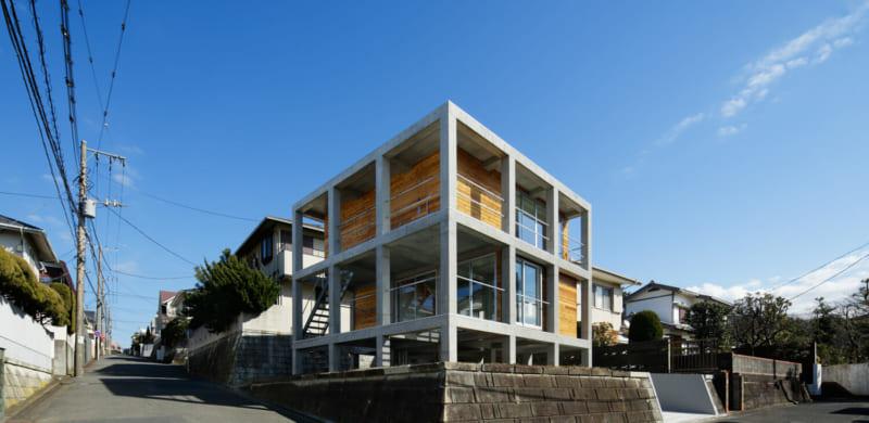 鉄筋コンクリートと木造のいいとこ取り 宙に浮くキューブ