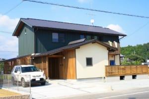掛川のコートハウスⅡ