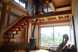 自然素材が叶える安心・安全 美しさと頑丈さを兼ね備えた「せがい」の家