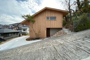 3人の建築家のアイディアが結集! 斜面地で実現した理想の住まい