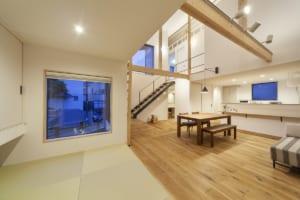 凸凸型平面の住宅